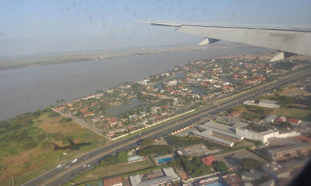 2014-08-28 Landung Guayaquil